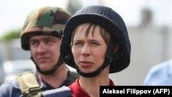 Президент Эстонии Керсти Кальюлайд проверяет ситуацию на востоке Украины. 24 мая 2018 года.