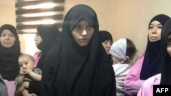 Гражданки Таджикистана в ожидании вердикта суда. Архивное фото