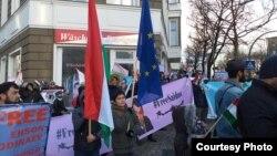 Берлинде тажик оппозициясынын тарапташтарынын митинги. 2018-жыл.