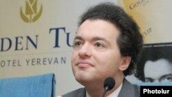 Евгений Кисин на пресс-конференции в Ереване, 25 сентября 2012 г.