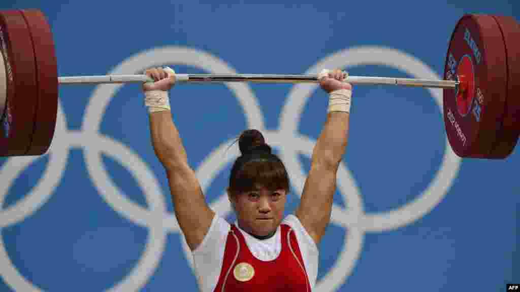 Майя Манеза из Казахстана – олимпийская чемпионка по тяжелой атлетике в категории до 63 кг