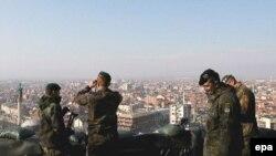 К соотечественникам-миротворцам в Косово скоро присоединятся немецкие полицейские, судьи и таможенники