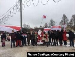 Участники так называемого дворового марша. 13 декабря, Минск