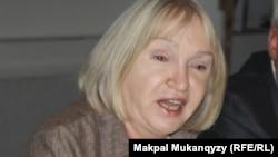 Руководитель прессозащитной организации «Адил соз» Тамара Калеева.