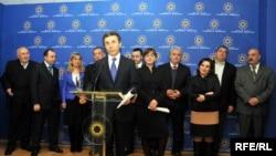 Бидзина Иванишвили в среду, 15 февраля, представил обществу инициативную группу будущей партии