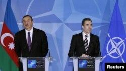 Anders Fogh Rasmussen və İlham Əliyev
