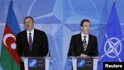 Belçika - NATO-nun baş katibi Anders Fogh Rasmussen və Azərbaycan prezidenti İlham Əliyev, 15 fevral 2012