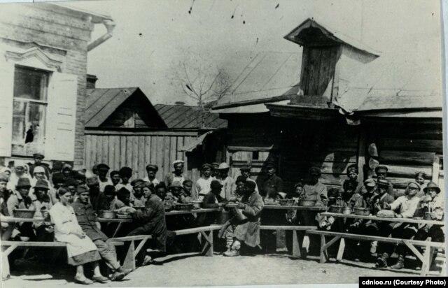 Оренбург, профсоюзная столовая для голодающих