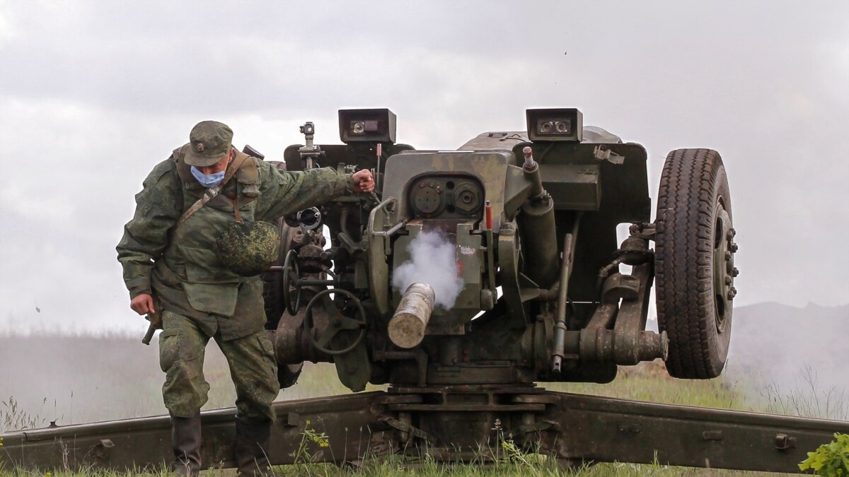 Боец «Моторолы» и «ополченец» с детства. Российские силы утверждают, что потеряли боевиков за время перемирия