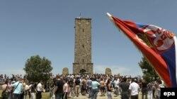 Pamje nga tubimi i serbëve në Gazimestan