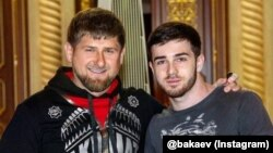 Chechen leader Ramzan Kadyrov (left) with singer Zelimkhan Bakayev (file photo)