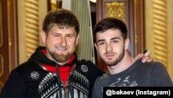 Кіраўнік Чачні Рамзан Кадыраў і сьпявак Зэлімхан Бакаеў