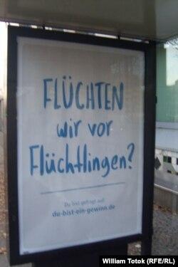 """""""Fugim de refugiaţi?"""" – afiş"""