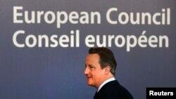 Дэвид Кэмерон направляется на не слишком приятную беседу с партнерами из ЕС