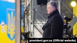 Порошенко: агресія почалася саме тоді, коли Україна мала позаблоковий статус
