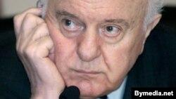 Грузияның бұрынғы президенті Эдуард Шеварднадзе. Тбилиси, 18 қараша 2003 жыл.
