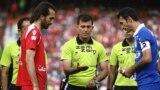 تورج حقوردی، داور فوتبال ایران که از سوی کمیته اخلاق فدراسیون فوتبال محروم شده است.