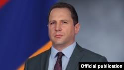 Министр обороны Армении Давид Тоноян (архив)