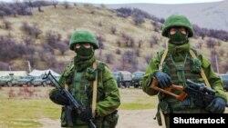 Военные без опознавательных знаков в Крыму 4 марта 2014 года