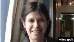 Prof. Laure Schnapper