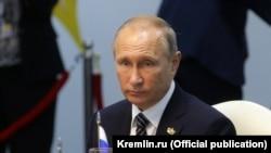 Владимир Путин БРИКС елдері басшыларының саммитінде. Гоа, Үндістан, 16 қазан 2016 жыл.