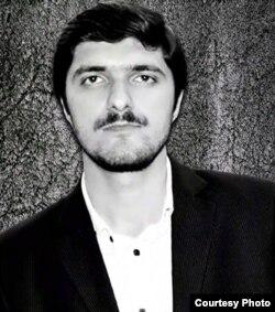 Gənc yazar Elşən İsmayıl.