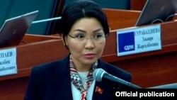 Эльвира Сурабалдиева.