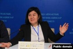 Саясаттанушы Гүлмира Сұлтанбаева. Фотография Facebook әлеуметтік желісіндегі парақшасынан алынды.