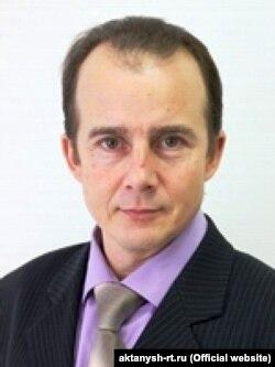 Илфак Бариев
