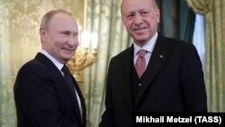 Путин и Эрдоган на переговорах в Москве в апреле 2019