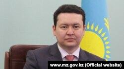 Олжас Абишев, муовини вазири тандурустии Қазоқистон.