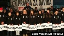 """Predstavnici Grupe """"Pravda za Davida"""" podsjetili su i na sve izgubljene mlade živote čija ubistva još nisu riješena u Republici Srpskoj"""