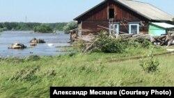 Наводнение в деревне Евдокимова в Иркутской области