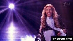 Юлія Самойлова в кадрі російського «Першого каналу»