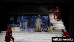 Iz predstave Konstantin: Znamenje anđela