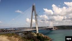 İstanbulda yenicə açılmış Yavuz Sultan Selim Körpüsü (YSS Köprüsü)