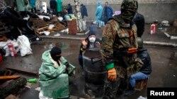 Участники пророссийских протестов в Славянске