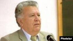 ԳԱԱ նախագահ Ռադիկ Մարտիրոսյանը: