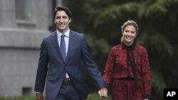 Премьер-министр Канады Джастин Трюдо с супругой