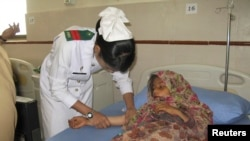 ممرضة في احد مستشفيات باكستان