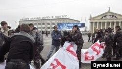 Одна из последних акций в поддержку Александра Козулина прошла в Минске 10 декабря