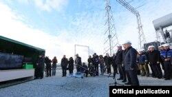 Запуск второй ветки энергомоста из Кубани в аннексированный Крым. 2015 год