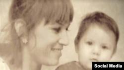 Нилуфар Мамасаидова с дочерью
