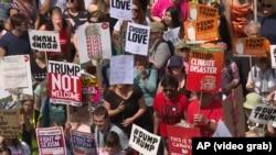 Акция протеста против визита Трампа.