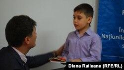 Ahmad şi Traian Ţurcanu, şeful Biroului Înaltului Comisariat ONU pentru Refugiaţi