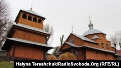 Село Вовків