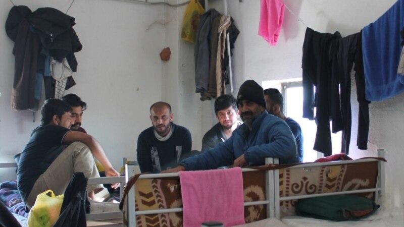 'Zaglavljeni' u migrantskim centrima u BiH