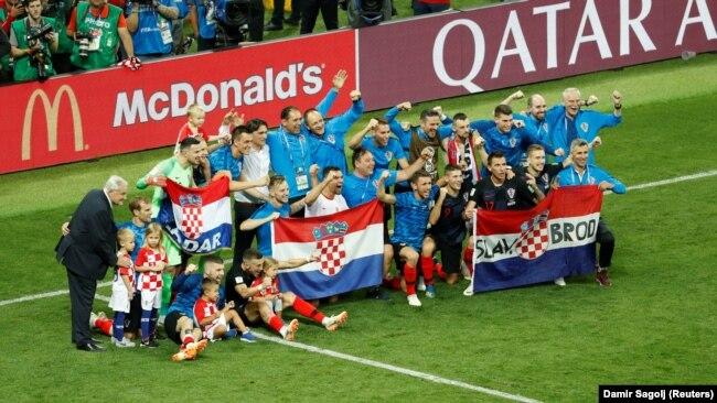 Photo Gallery: Hrvatska u finalu: Ponos, suze i slavlje do zore