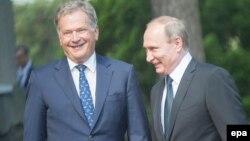 Finlandiya prezidenti Sauli Niinisto və Vladimir Putin