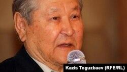 Серикболсын Абдильдин, депутат Верховного совета Казахской ССР, оппозиционный политик.
